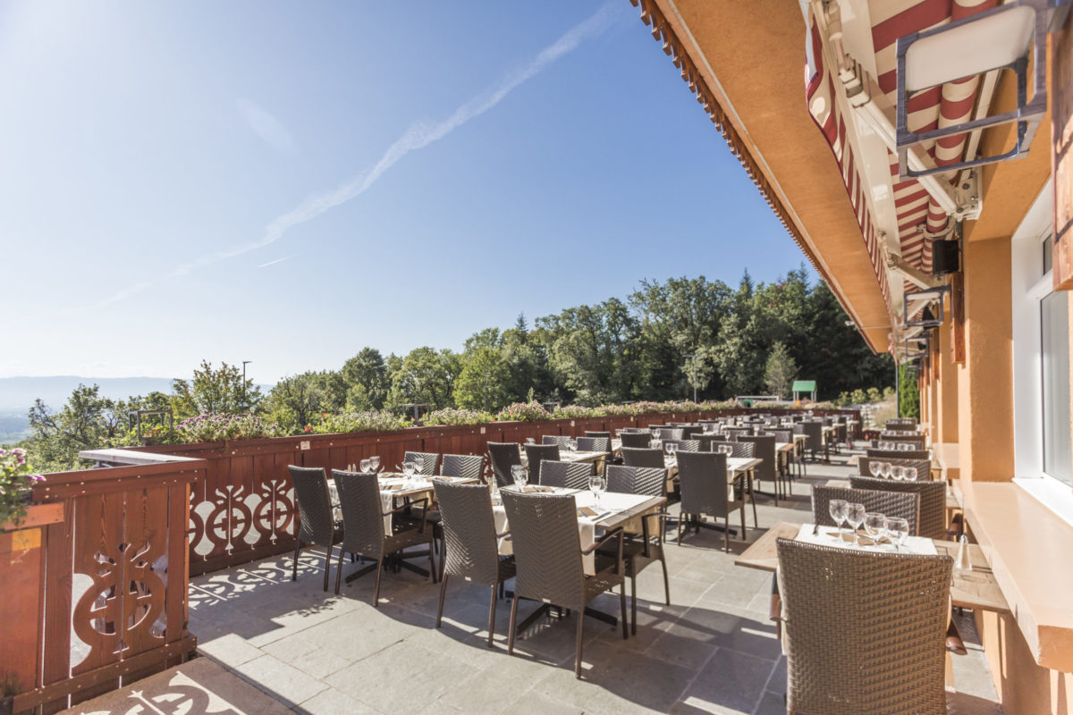 hôtel restaurant bois joly geneve terrasse avec vue